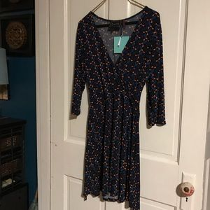 Leota perfect fit mini faux wrap dress sz L